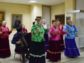 Открытие юбилейной выставки заслуженного художника РФ Б.И. Тарелкина (фото сделано до начала пандемии)