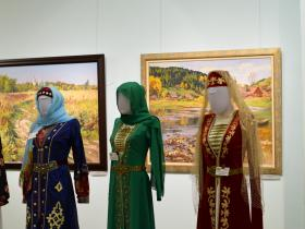 Аварский, чеченский, осетинский костюмы