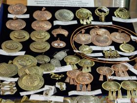 Ювелирные изделия, изготовленные в древнерусском стиле