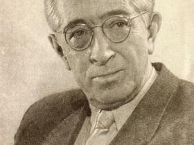 Cоветский прозаик, поэт, драматург, журналист, военный корреспондент Лавренёв Борис Андреевич
